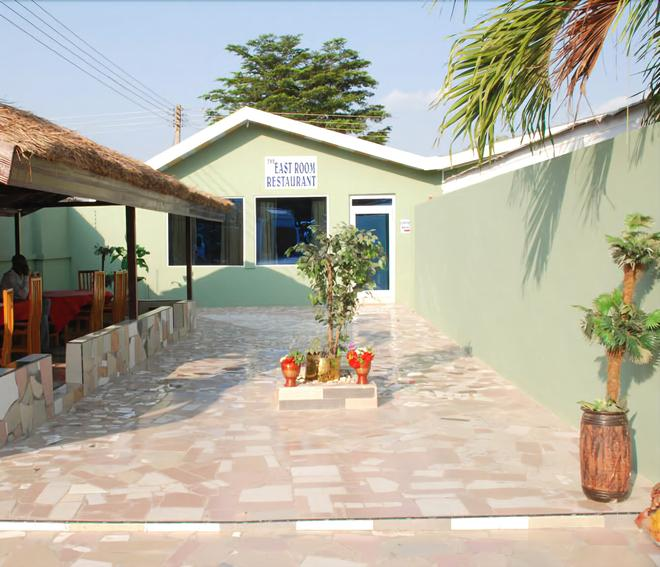 Hotel Obama - Accra - Outdoor view