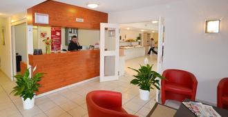 Adams Hotel - Metz - Front desk