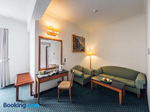 旅路渡假商務旅館 - 花蓮市 - 客廳