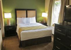 Extended Stay America - Chicago- O'Hare - Allstate Arena - Des Plaines - Bedroom