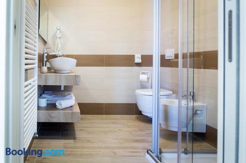 Park Hotel Zanzanù - Tignale - Bathroom