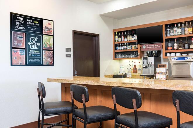 Hyatt Place Lexington - Lexington - Bar