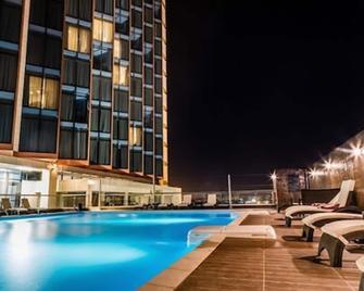 Azalai Hôtel Abidjan - Abidjan - Pool
