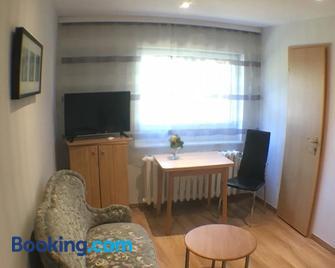 Pension im Grünen - Eberswalde - Living room