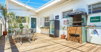 Deck Hostel Taquaral - Campinas - Patio
