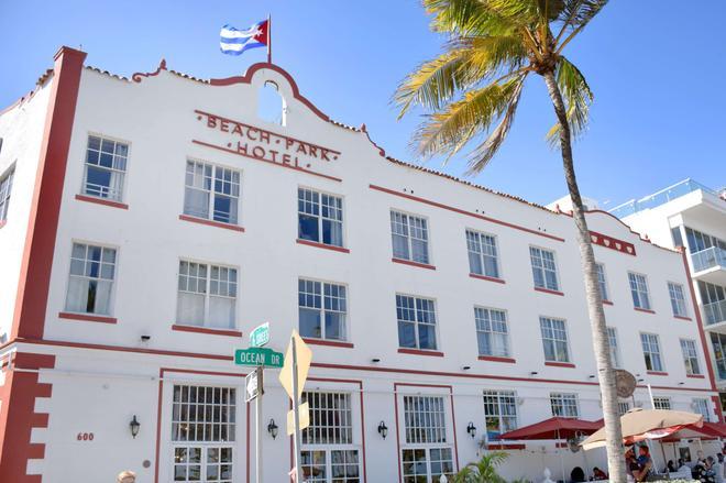 Beach Park Hotel - Miami Beach - Building