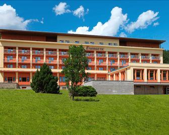 Wellness Resort Energetic - Rožnov pod Radhoštěm - Gebäude