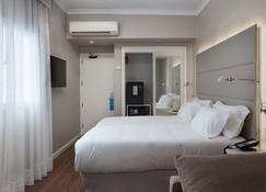 NH Las Palmas Playa Las Canteras - Las Palmas de Gran Canaria - Bedroom