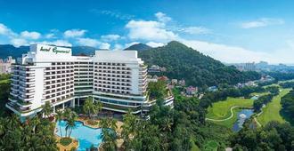 โรงแรมอีเควทอเรียลปีนัง - จอร์จทาวน์ (ปีนัง)
