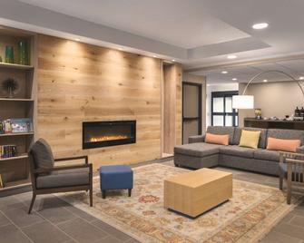 Country Inn And Suites by Radisson La Crosse, WI - La Crosse - Lounge