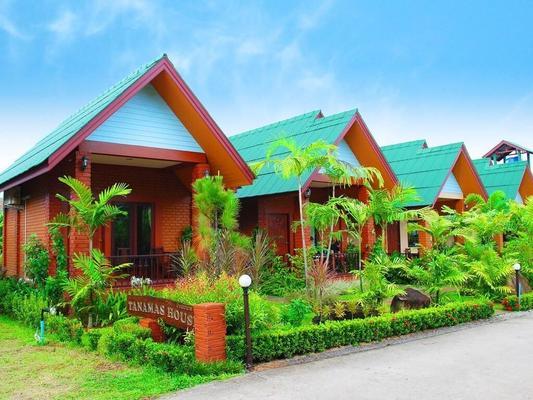 Tanamas House - Sakhu - Building