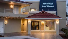 Marker 8 Hotel & Marina - St. Augustine - Building