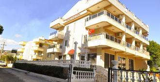 Golden Star Hotel - Μαρμαρίδα - Κτίριο