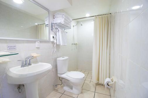 Best Western Plus Gran Hotel Centro Historico - Guadalajara - Bedroom