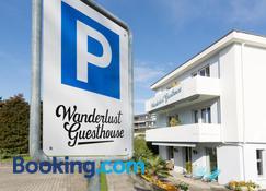 Wanderlust Guesthouse - Weggis - Building