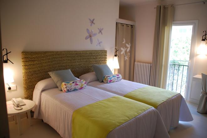 Hotel Tarongeta - Adults Only - Cadaques - Bedroom