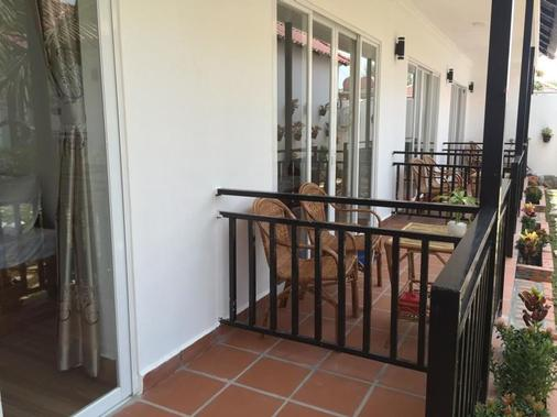 White Sea Boutique Hotel - Krong Preah Sihanouk - Balcony