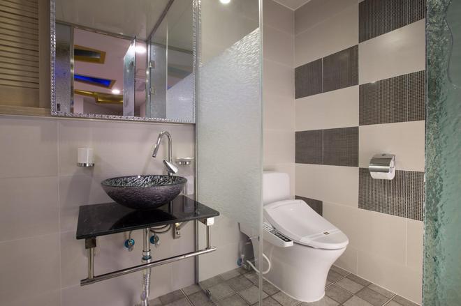 MJ Hotel - Thành phố Seogwipo - Phòng tắm
