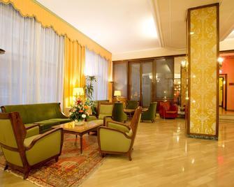 Hotel Continental - Treviso - Lobby