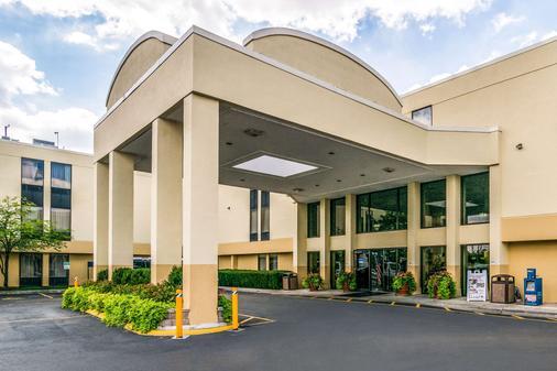 Comfort Inn O'Hare - Convention Center - Des Plaines - Building