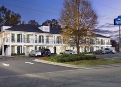 Baymont by Wyndham Eufaula - Eufaula - Building