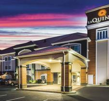 La Quinta Inn & Suites by Wyndham Chambersburg
