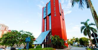 Blue Tree Towers Joinville - ז'וינוויל