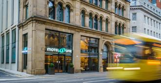 Motel One Manchester-Royal Exchange - Manchester - Bygning
