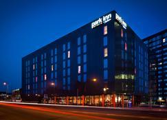 Park Inn by Radisson Manchester City Centre - Manchester - Edifício