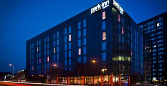 Park Inn by Radisson Manchester City Centre - Manchester - Rakennus