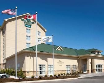Homewood Suites by Hilton Burlington - Burlington - Κτίριο