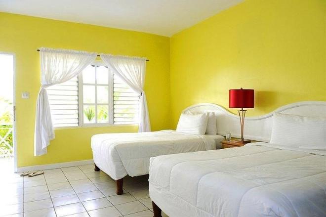 Merril's Beach Resort I - Negril - Bedroom