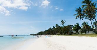 La Tonnelle - Trou Aux Biches - Playa
