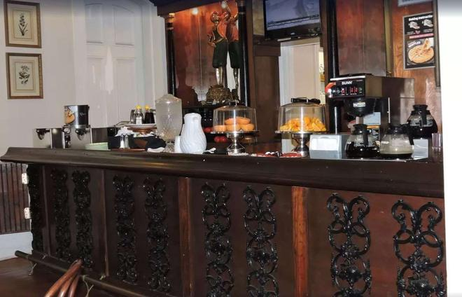 French Quarter Suites Hotel - Nowy Orlean - Bufet