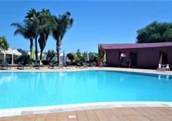 信天翁酒店 - 敘拉古 - 錫拉庫扎 - 游泳池
