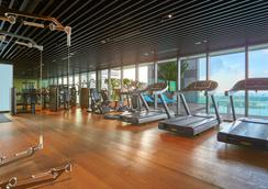 Pan Pacific Serviced Suites Beach Road, Singapore - Singapore - Gym