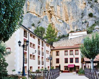 Hotel Balneario de La Virgen - Jaraba - Gebäude
