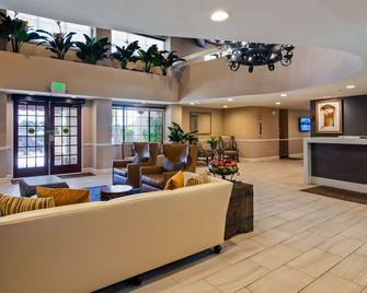 Best Western Plus Carpinteria Inn - Carpinteria - Lobby