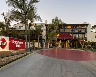 Best Western Plus Carpinteria Inn - Carpinteria - Gebouw