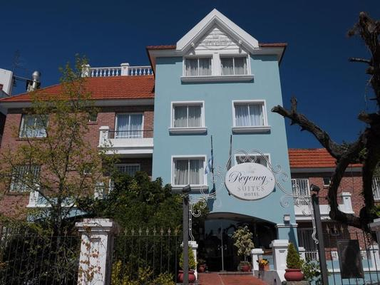 Regency Carrasco - Suites & Boutique Hotel - Montevideo - Building