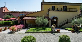 Hotel Ristorante Molino d'Era - Volterra - Gebäude