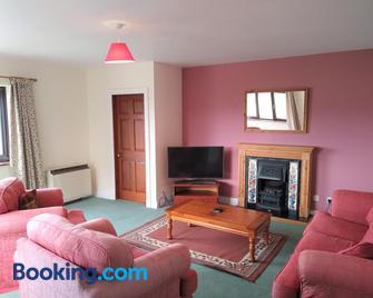 Tyddyn Crwn Country-House Apartments - Beaumaris - Living room