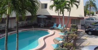 Beach Shell Inn - Fort Myers Beach - Πισίνα