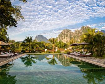 Riverside Boutique Resort, Vang Vieng - Vang Vieng - Uima-allas