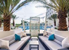 فندق ميركيور صُحار - صحار - شرفةمرصوفة