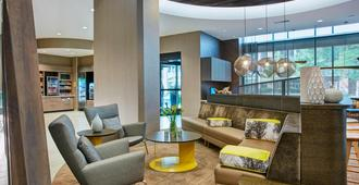 SpringHill Suites by Marriott Milwaukee Downtown - מילווקי - לובי