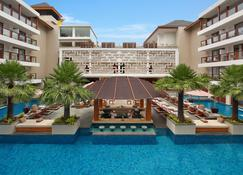 The Bandha Hotel & Suites - Kuta - Pool
