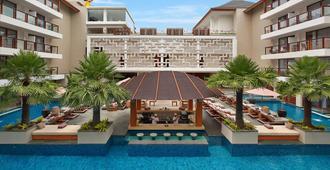 The Bandha Hotel & Suites - קוטה - בריכה