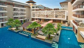 The Bandha Hotel & Suites - Kuta - Toà nhà