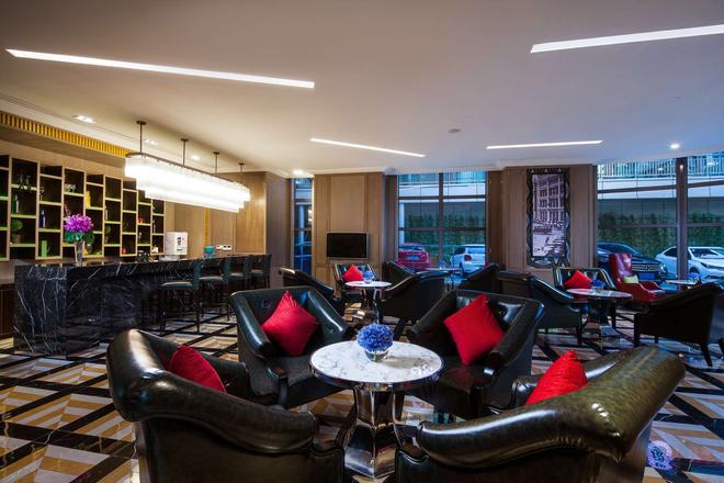 Ramada by Wyndham Shanghai Songjiang - Shanghai - Lounge